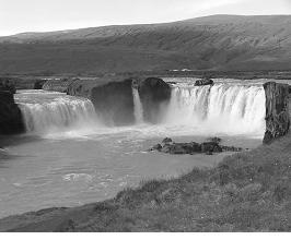 """Goðafoss, le """"cascate degli dei"""""""